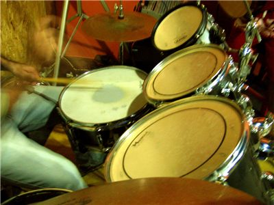 Drums Kit and Drumming